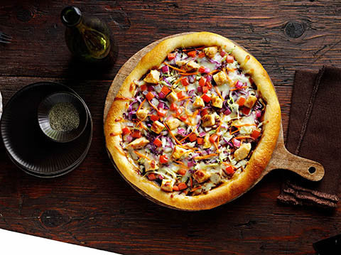 BBQ Style Okonomi Chicken Pizza