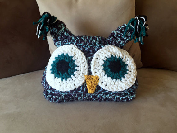 Hooded Owl Blanket - I'm A Yarner