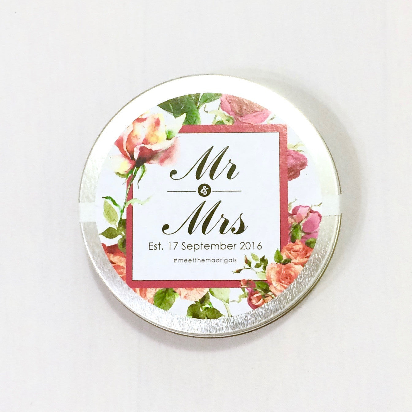 customized wedding favor tea tin Lace & Scone