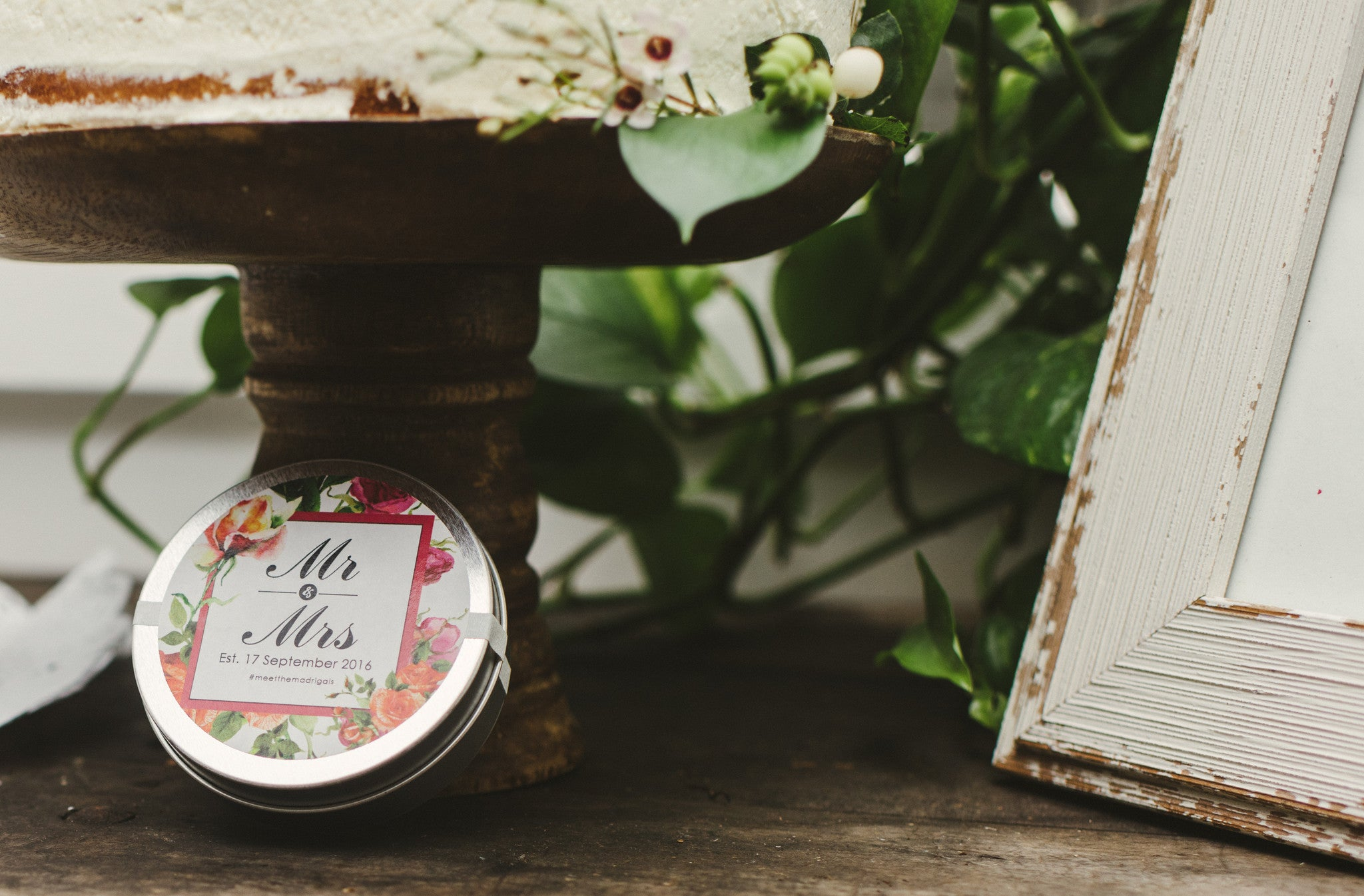 custom wedding favor tea tin Lace & Scone