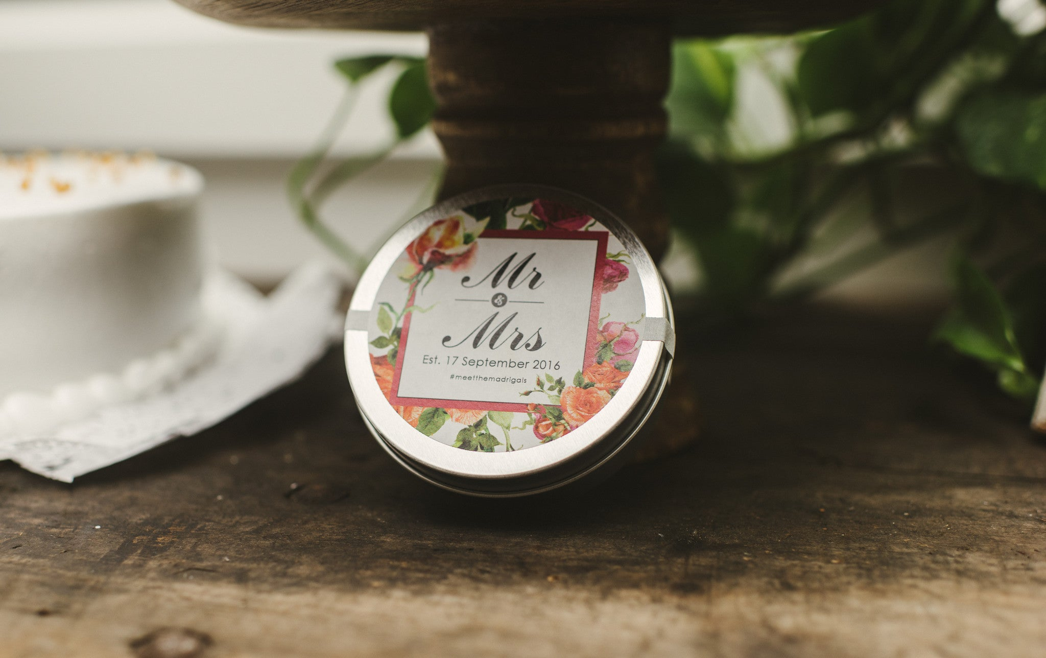 wedding favor tea Lace & Scone custom tin
