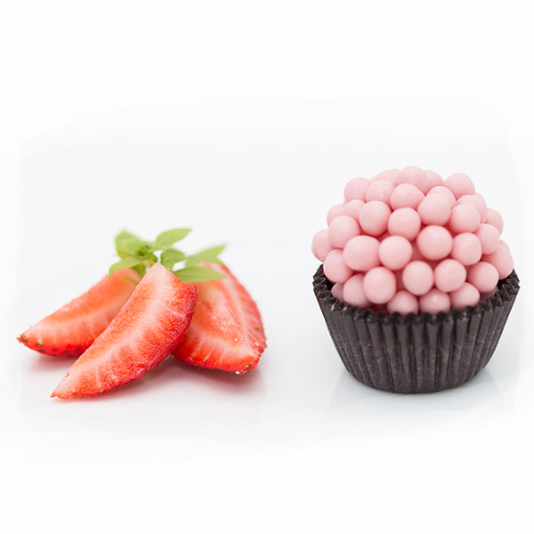 Strawberry Crunch Brigadeiro