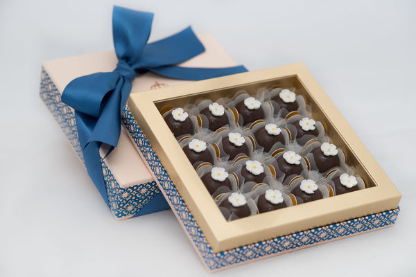 16 Chocolates Box