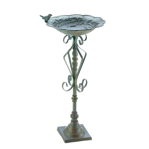 Songbird Valley Speckled Green Birdbath - 10018499