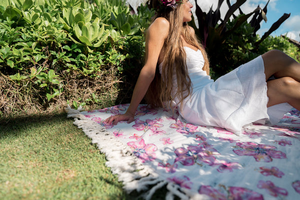 Hibiscus Mama Blanket with Fringe from Coco Moon Hawaii