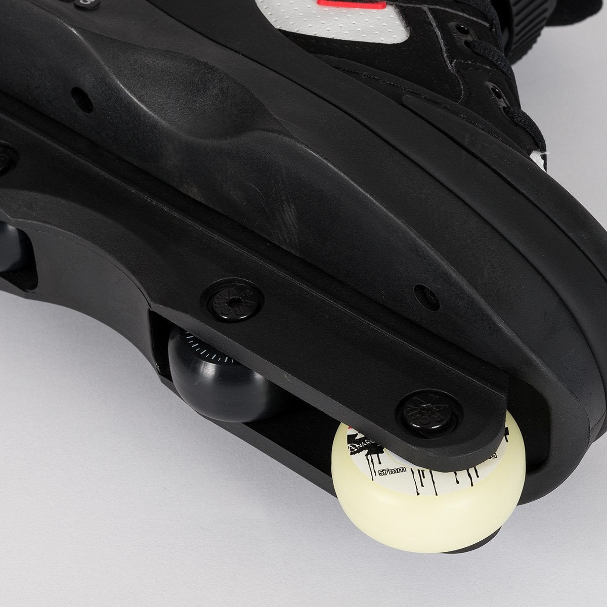Anarchy Chaos 3 Black/White - Skates