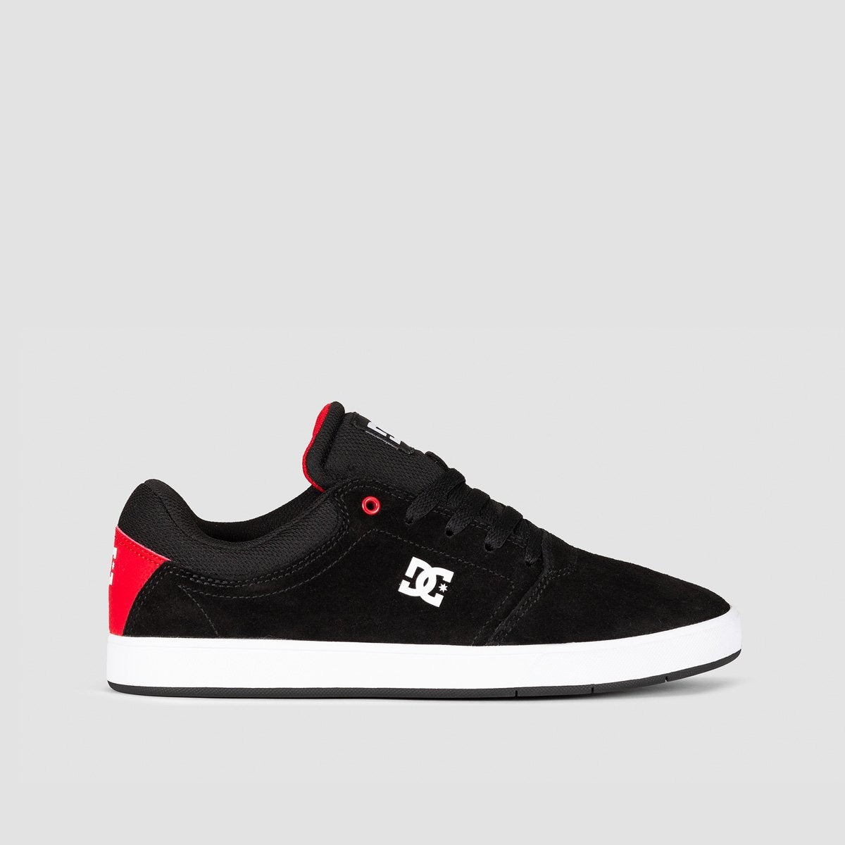 DC Crisis Black/Red/White - Footwear