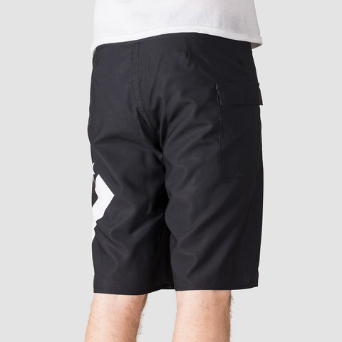 DC Lanai 22 Boardshorts Black - Clothing