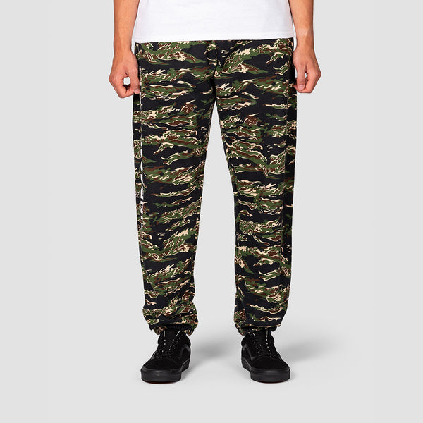 Independent Bar Cross Sweatpants Tiger Camo