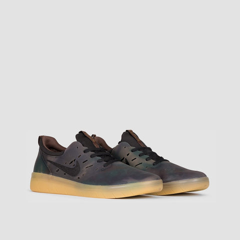 Nike SB Nyjah Free Premium Camo Multi Colour/Black/Gum Light Brown - Unisex L - Footwear