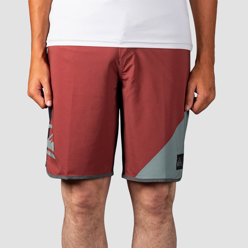 "Quiksilver Highline New Wave 20"" Boardshorts Apple"