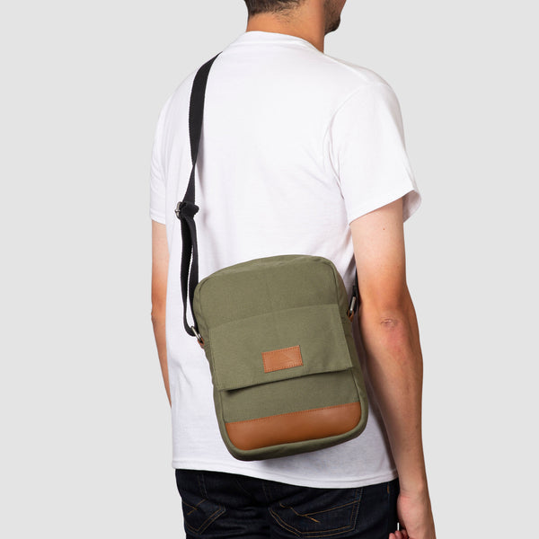 Quiksilver Premium Magical 3.5L Shoulder Bag Burnt Olive