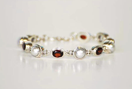 Garnet, Fresh Water Pearl and Silver Bracelet - Bali Thai Imports