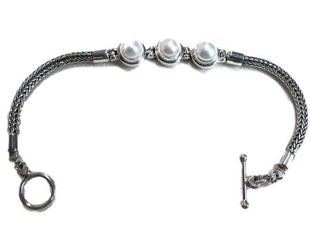 3 Pearls and Silver Bracelet