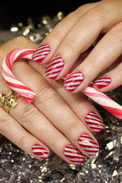 Christmas nail art competition 2017 bio sculpture gb top tip 1 nail art always looks better on hands rather than tips prinsesfo Images