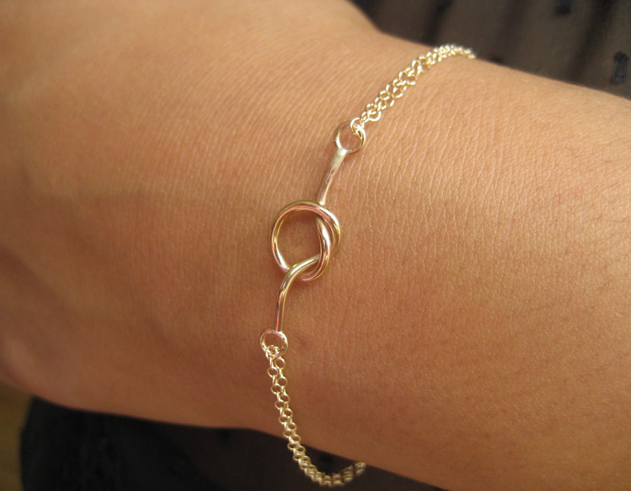 Tunn armband love knot armband 14k gold filled