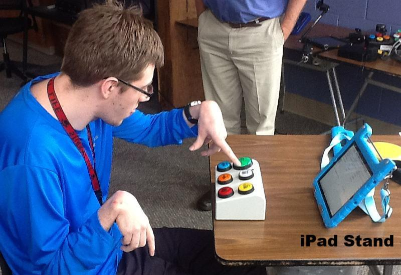 iPad VoiceOver/Switch Control (VO/SC) Controller