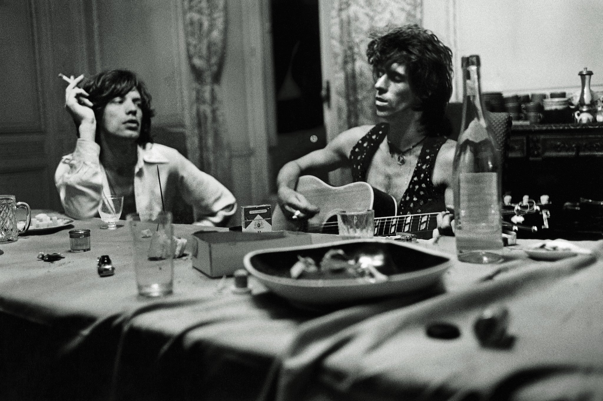 The Rolling Stones hanging out in the South of France at Villa Nellcôte for the writing and recording of Exile On Main Street, 1971. ©Dominique Tarlé