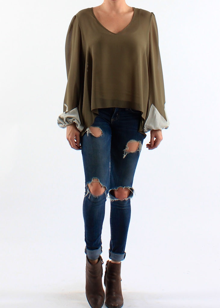 V Neck High Low Balloon Sleeve Top w/ Raw Edge Sleeve Detail