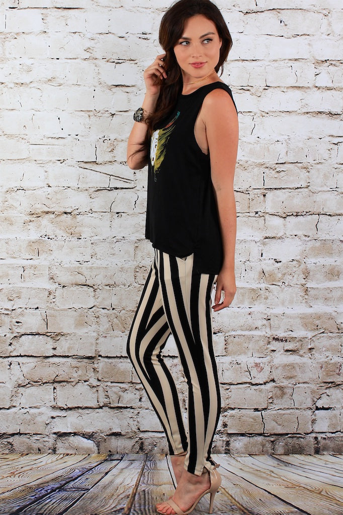 Black and white cropped skinnies