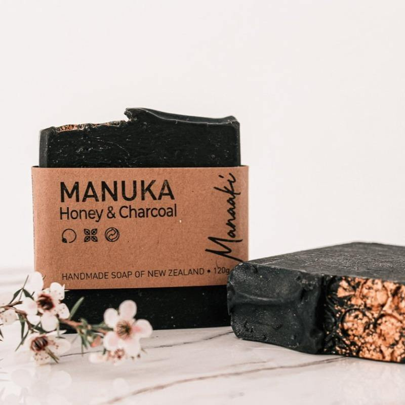 Natural Facial Bar with Mānuka Honey & Activates charcoal
