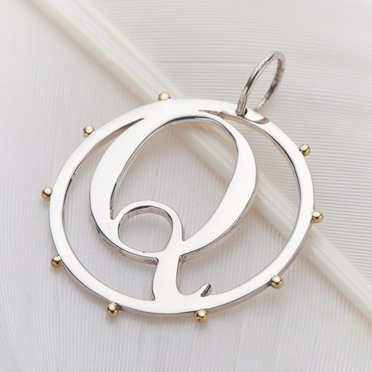 PALAS JEWELLERY | Q Cut Out Initial Charm