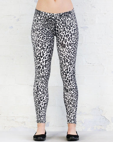 WR.UP® Sport Low Waist 7/8 Length White Leopard