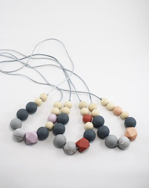 Winnie Silicone Nursing Necklace. - Indera.Beads