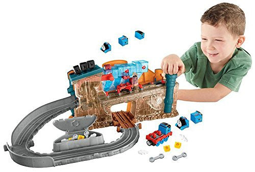 Fisher-Price Thomas the Train Take-n-Play Engine Maker