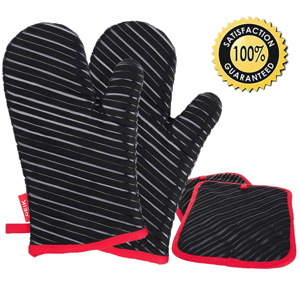 4 piece oven mitts and potholders
