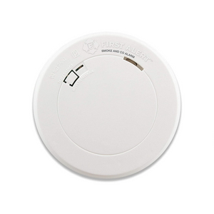 First Alert Smoke Detector and Carbon Monoxide Detector