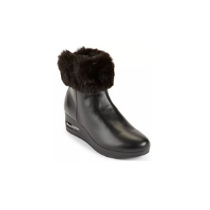 Guess, DKNY, Calvin Klein And More Women's Designer Boots On Sale