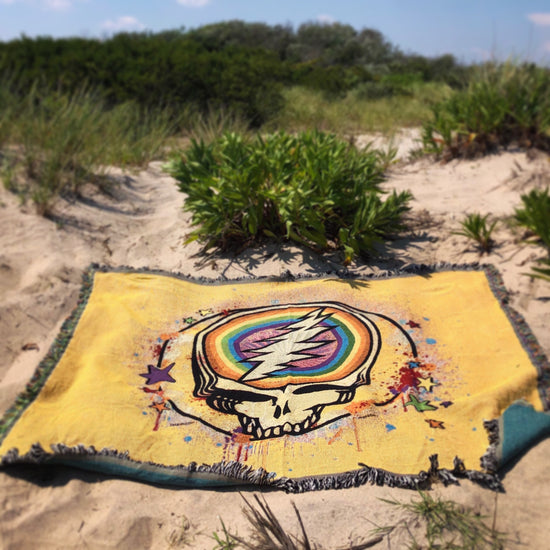 Grateful Dead Yellow Rainbow Splatter Stealie Woven Cotton Blanket PRE ORDER Delivery end of April