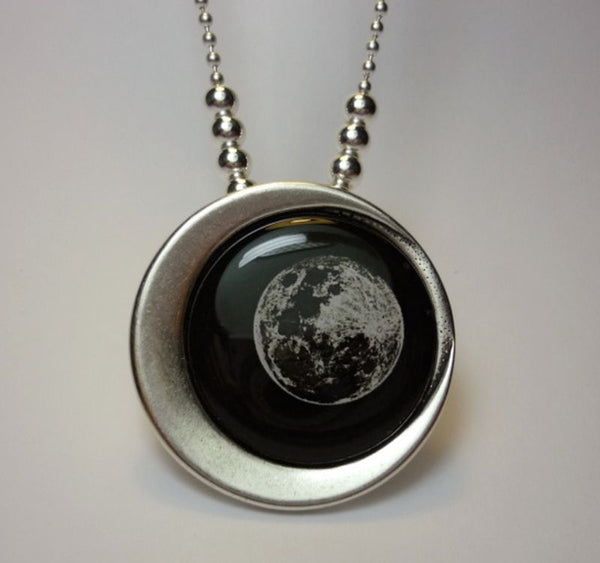 MOON LUNAE PENDANT - The Space Store