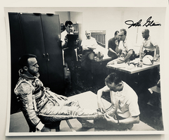 JOHN GLENN HAND SIGNED PHOTO