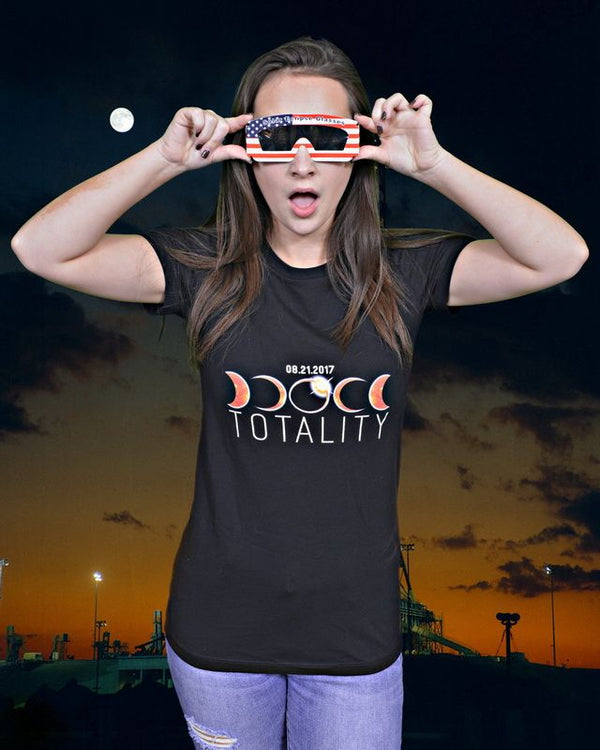 'TOTALITY' TOTAL SOLAR ECLIPSE SHIRT in WOMEN'S BELLA + CANVAS - The Space Store