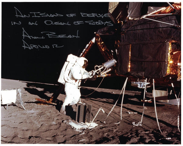 ALAN BEAN AUTOGRAPHED 8X10 PHOTO - The Space Store