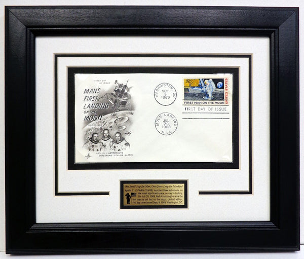 APOLLO 11 FIRST MAN - FIRST DAY COVER - FRAME PRESENTATION - The Space Store