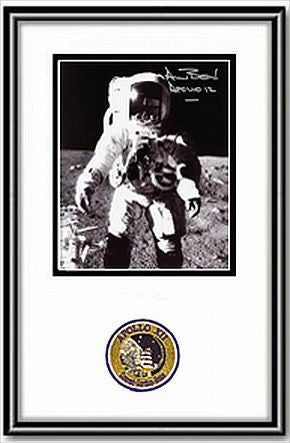 "Autographed & Framed 8"" x 10"" Photo Alan Bean Frontal - Photo"