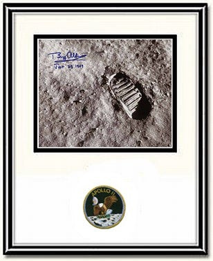 "Autographed & Framed 8"" x 10"" Photo of Buzz Aldrin's Moonprint - Photo"