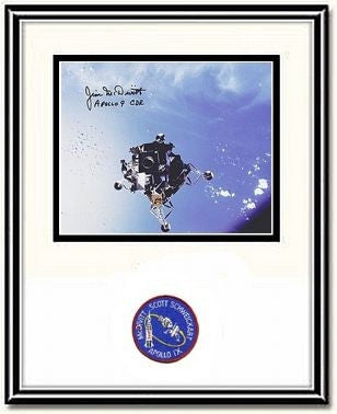 "Spider Over the Ocean' 8"" x 10"" Autographed & Framed Photo"