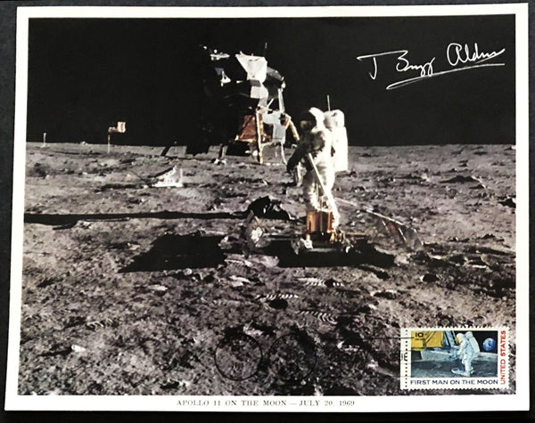 BUZZ ALDRIN WITH LUNAR MODULE AUTOGRAPHED 8 X 10 PHOTO - The Space Store