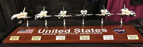 Space Shuttle Orbiter Collection in 1/144 scale - Model Signed by 6 Astronauts