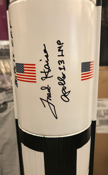 Apollo Saturn V Model in 1/100 Scale. Signed by 4 Apollo Astronauts - The Space Store
