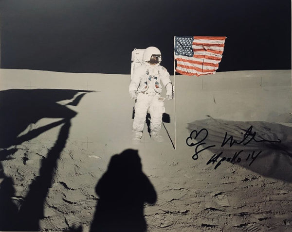 EDGAR MITCHELL AUTOGRAPHED 8X10 PHOTO - The Space Store