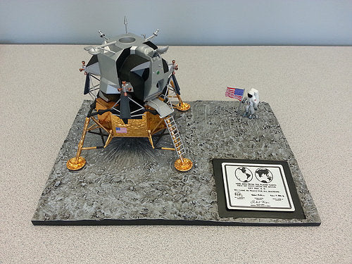 Apollo 11 Commemorative 1:48 Scale Model