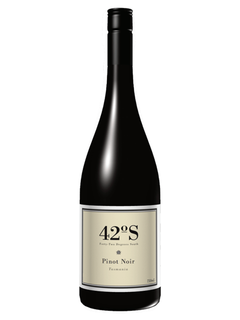 2015 42 Degrees South Pinot Noir