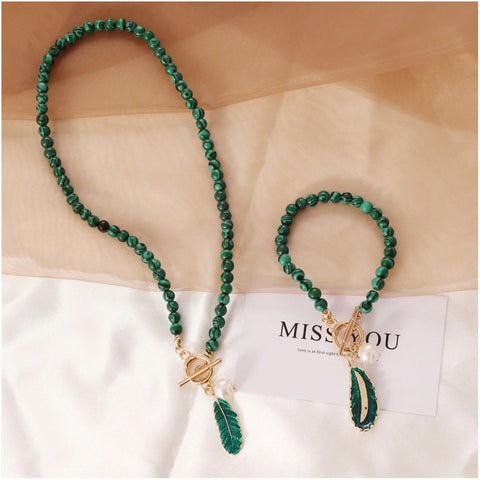 spirit-of-nature-malachite-pearl-necklace
