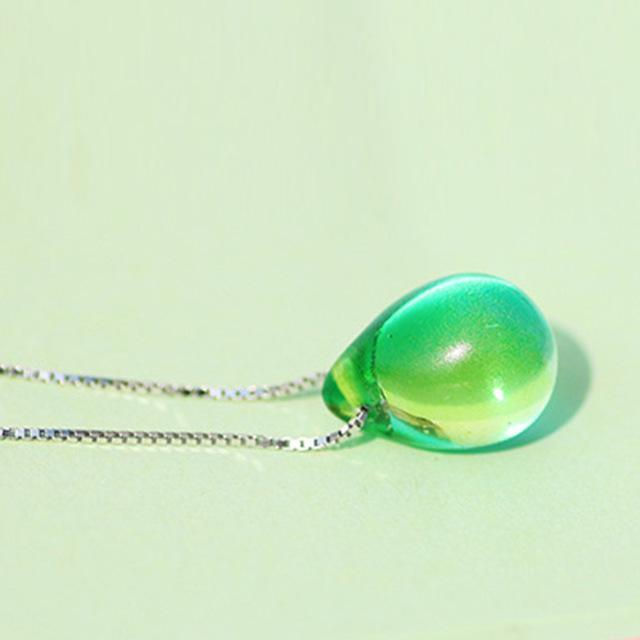 A Drop of Ocean Necklace Green