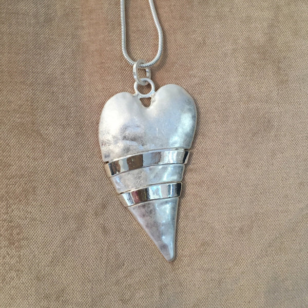 Elongated Solid Heart Necklace Silver14